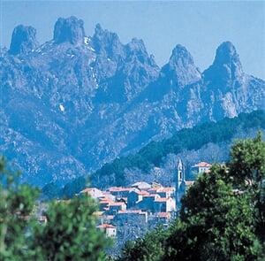 Korsika - Pohoří Bavella