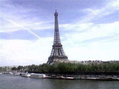 Silvestr v Paříži a 2 zámky-Vítáme rok 2015 pod Eifelovou věží ! Bezva Silvestr.