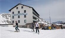 Tauplitz - hotel 3* Berghof přímo u sjezdovky - AKCE v daných termínech, SAUNA, zábava po lyžování