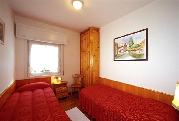 Dolomity super ski cortina d ampezzo hotel meubl for Hotel meuble fiori san vito di cadore