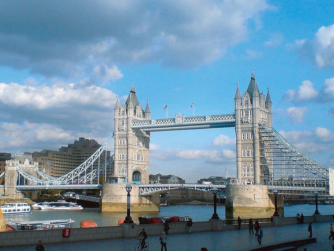 Anglie_Londyn_Tower-Bridge_10