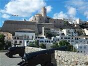 MSC ORCHESTRA: Itálie, Španělsko, Francie s dopravou z Vídně a balíček Cheers od balkonových kajut