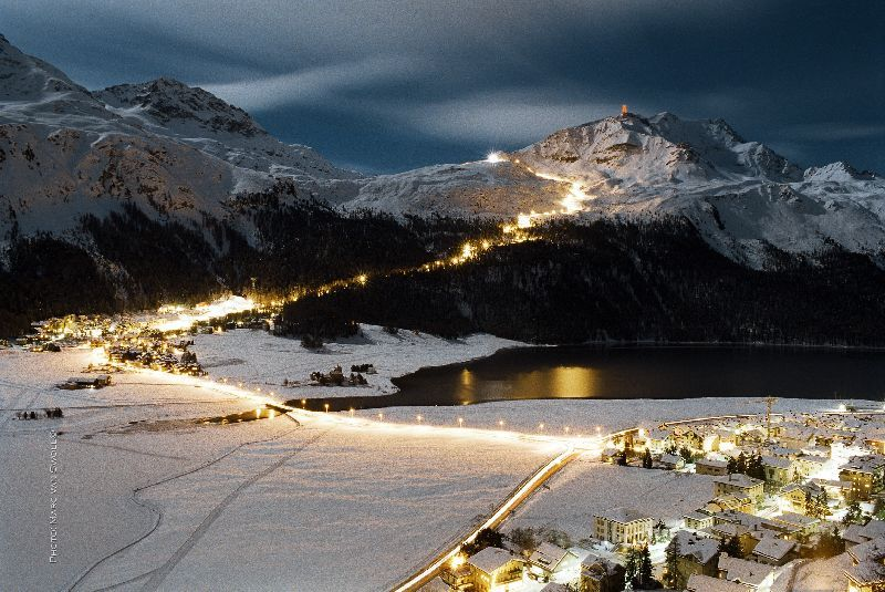 CH StMoritz Corvatsch Snow Night
