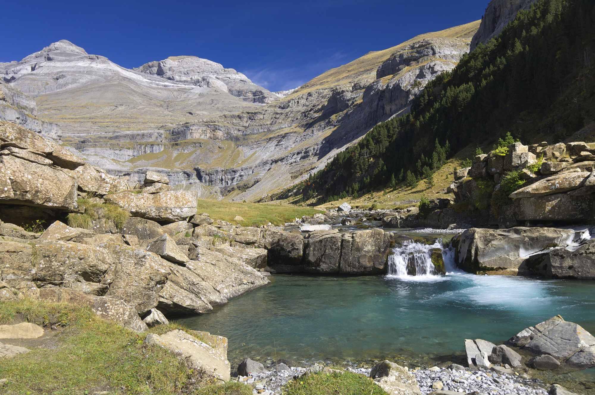 Francie, Španělsko - Pyreneje s dobrou partou