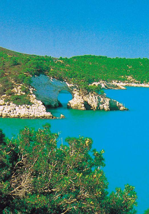 Jižní itálie kamenná krása apulie termíny a rezervace