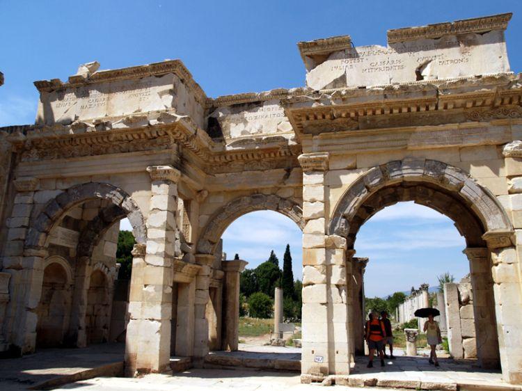 Efes 9