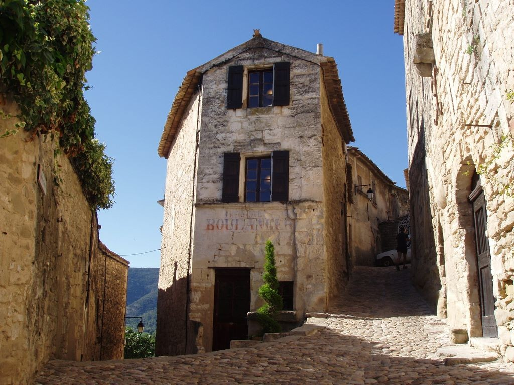 Provence_lacoste2