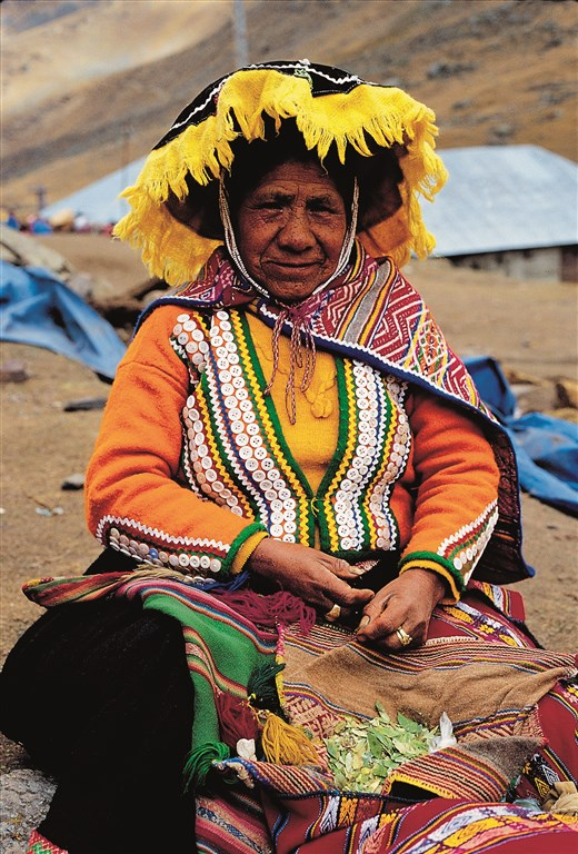 OLD LADY FROM THE ANDES - PHOTO COURTESY OF PROMPERU.TIF