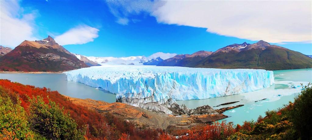 Perito-Moreno-Glacier-Los-Glaciares-NP