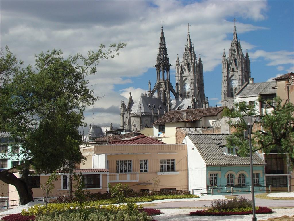 ECUADOR, Quito NEW YORK 483