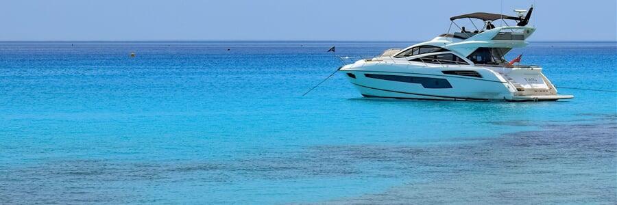 Toužíte prožít dovolenou jinak? Zkuste jachtu...
