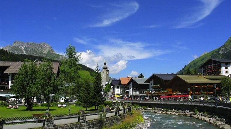 Foto - Steeg - Lechtalské Alpy - ráj alpské turistiky  ***