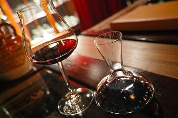 restaurant, wine bar, bar