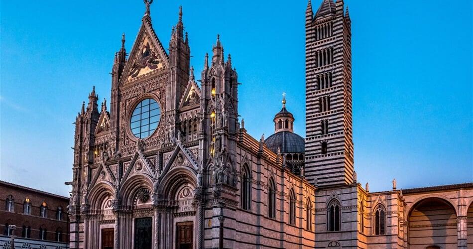 cathedral-of-santa-maria-assunta-siena-italy_l.jpeg