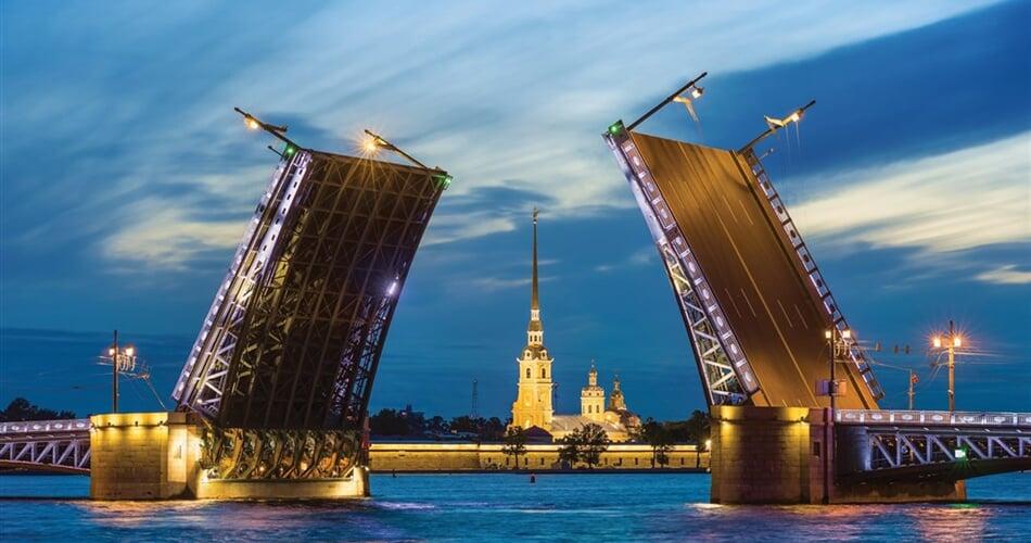 Poznávací zájezd  - Petrohrad - Palácový most a katedrála Petra a Pavla
