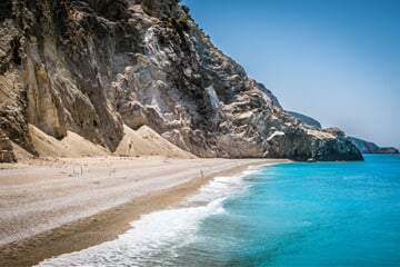 Úchvatná liduprázdná pláž Egremni