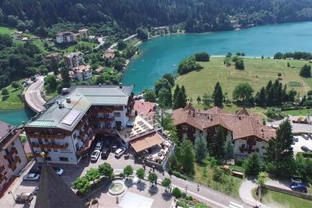 ariston hotel molveno