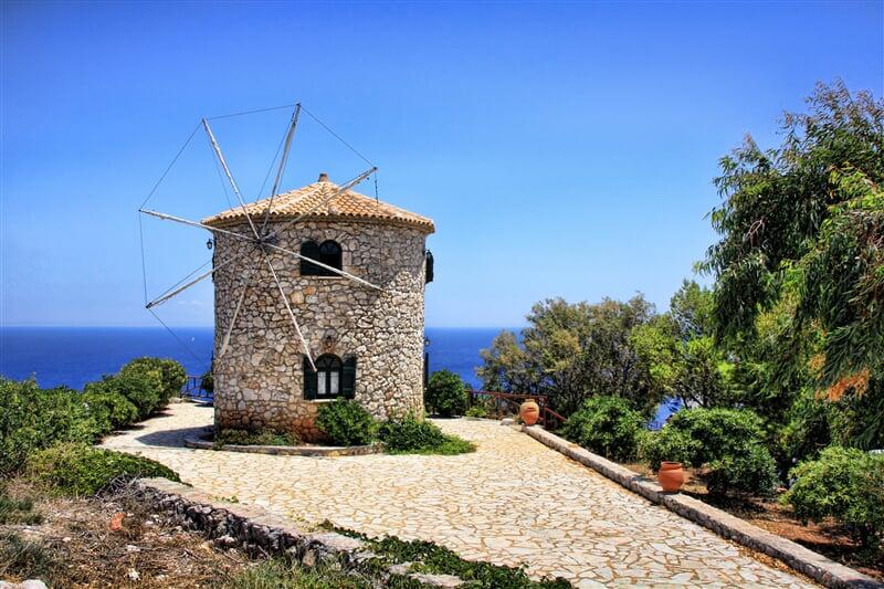 Větrný mlýn na ostrově Zakynthos