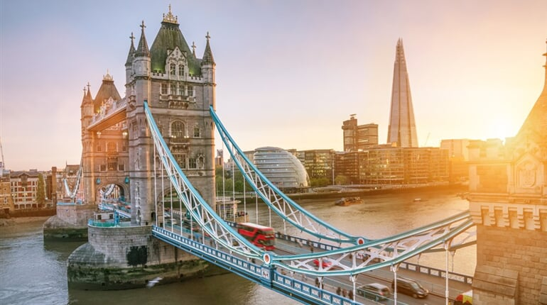 Tower Bridge_204954724