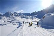 Inverno sci snowboard famiglia ghiacciaio pista Icaro HW4A7669 (1)