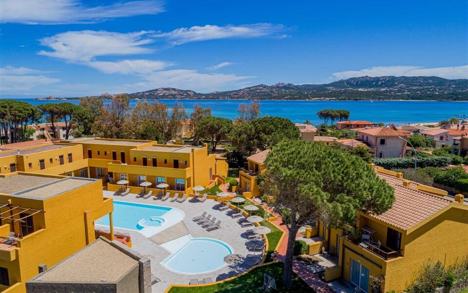 blu hotel laconia mare sea sardinia sardegna