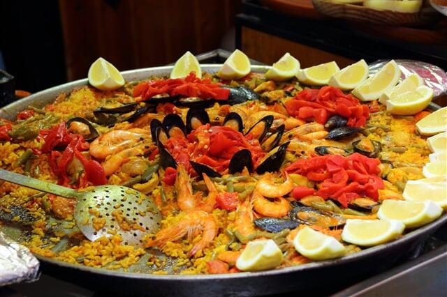 Typická španělská paella