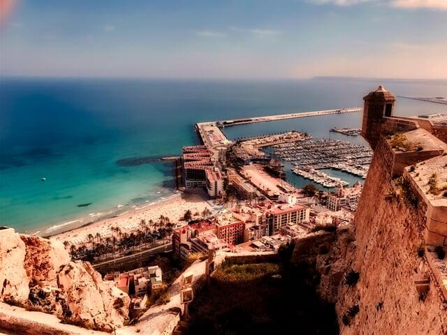 Přístav a staré město Alicante