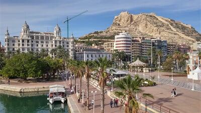 Castillo Santa Barbara v Alicante