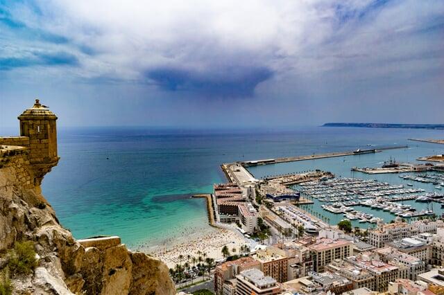 Bouře nad přístavem Alicante