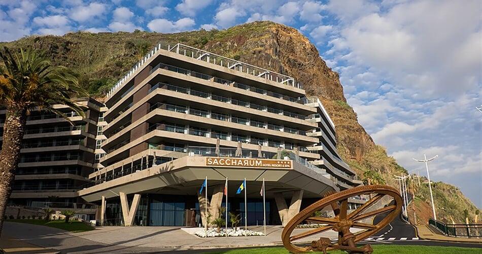 Hotel-Calheta-Sacharum-1