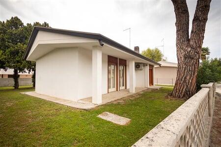 Sayonara villa Lignano Sabbiadoro leto2021 (9)
