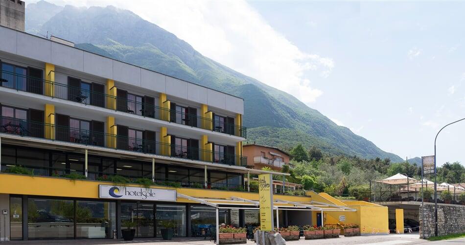 Sole hotel Malcesine leto2021 (4)