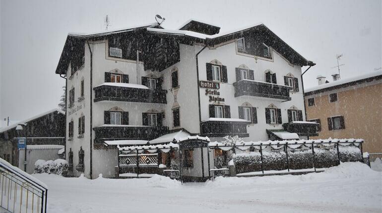 Stella Alpina Hotel Fai della Paganella zima2022 (10)