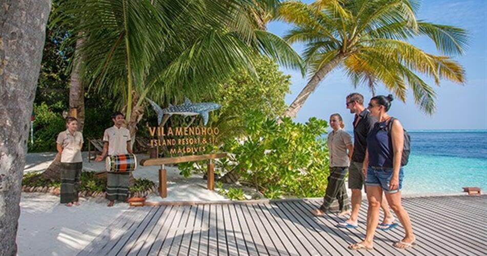 Vilamendhoo-Island-5-600x400