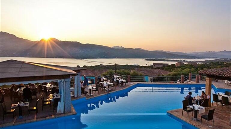Bazén, Porto Rotondo, Sardinie, Itálie