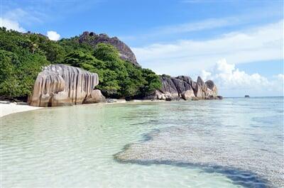 Pláže souostroví Seychely patří k nejkrásnějším na světě