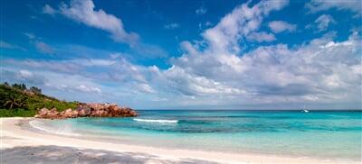 Panorama moře kolem souostroví Seychely
