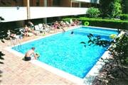 114 Capitol piscina