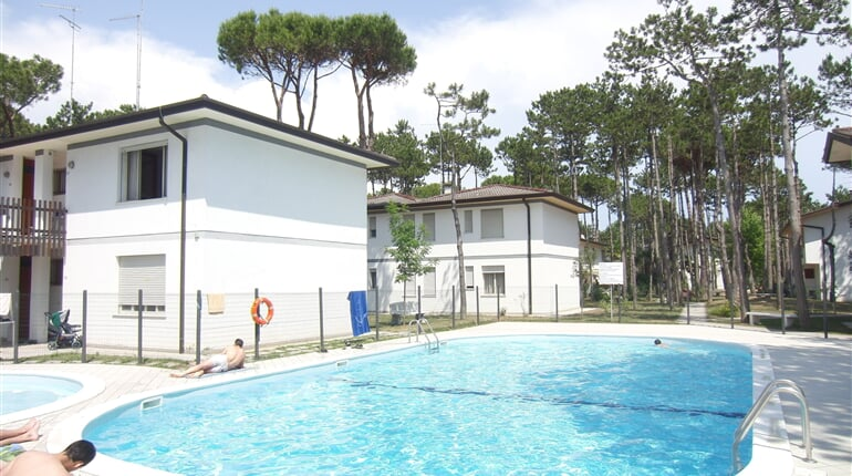 Alemagna bazény