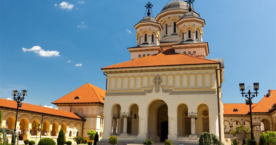 Rumunsko - korunovační katedrála Alba Iulia