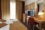Hotel**** Primus 08