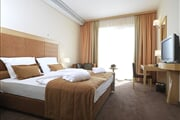 Hotel**** Primus 09