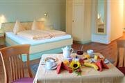 hotel**** Erlenhof 10