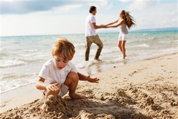 17 Rodina na pláži