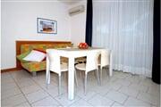 residence 541614db6f2bddd580f0b44d467b4a1a