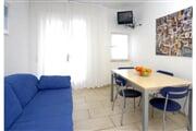 residence 440df3ade4696346deb064bda75b3df6