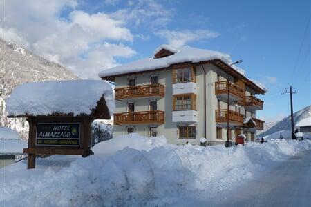 Hotel Almazzago, Almazzago  (28)