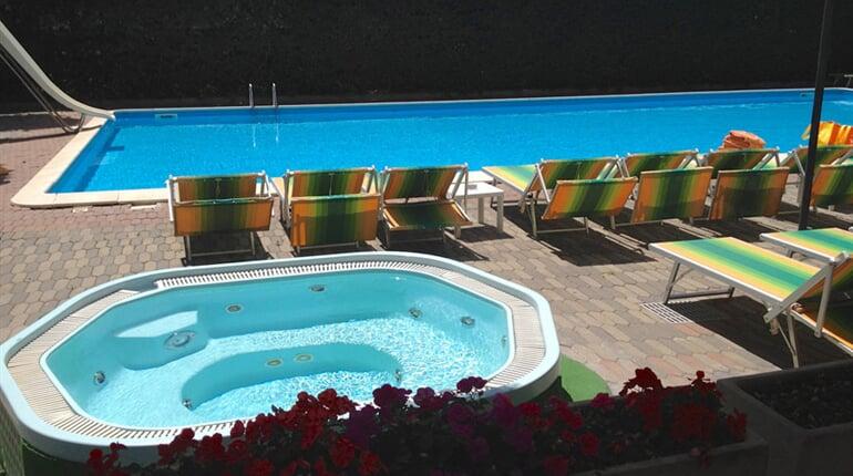 piscina-hotel-doge
