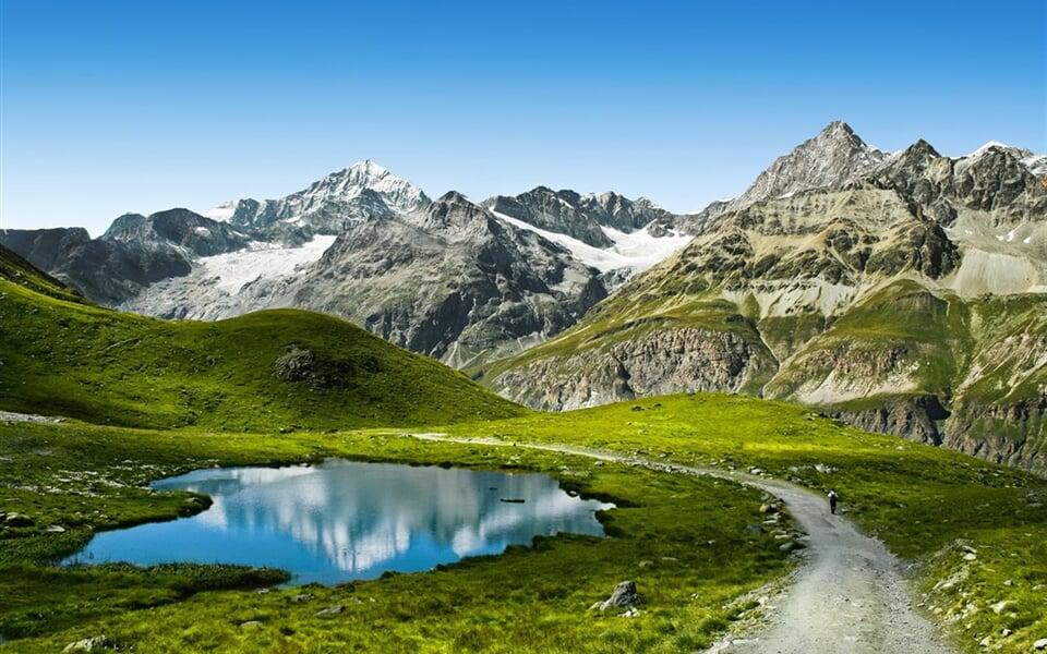Poznávací zájezd Švýcarsko - pohled na Matterhorn