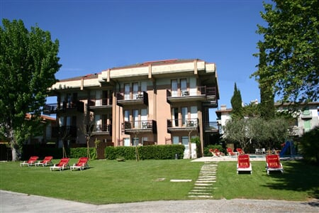 Hotel Smeraldo, Sirmione (1)